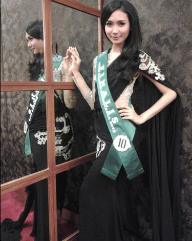 Rhesa Putri Juniar Best Talent of MIss Earth 2013 Tingkat Nasional
